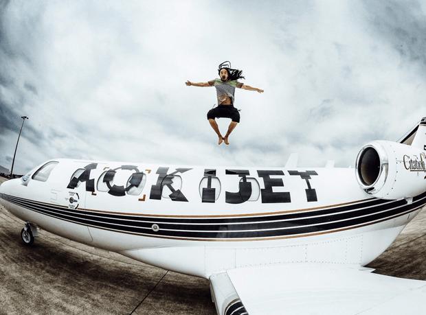 Steve-Aoki-Private-Jet